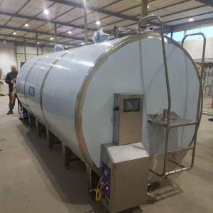Охладитель молока закрытого типа - объём 15000 л